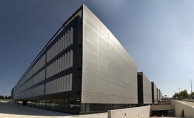 MOÑITA edificaciones con fachadas textil
