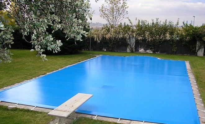 Vista de lona para piscina
